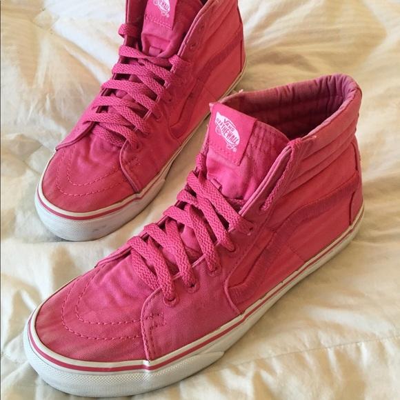 747ae177f26a1a Women s Vans Hi Top Hot Pink Sneakers 9.5. M 5b709cd00e3b86e33ea14b7a
